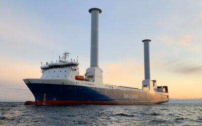Modern zeilschip voor vrachtvervoer SC Connector arriveert in Rotterdam