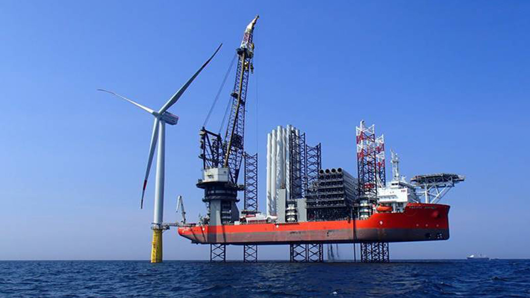Cadeler orders new Kenzfigee Offshore deck crane for WIV 'wind orca'